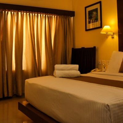 Superior Double Bed Hotels Kanyakumari - Hotel The Gopinivas Grand